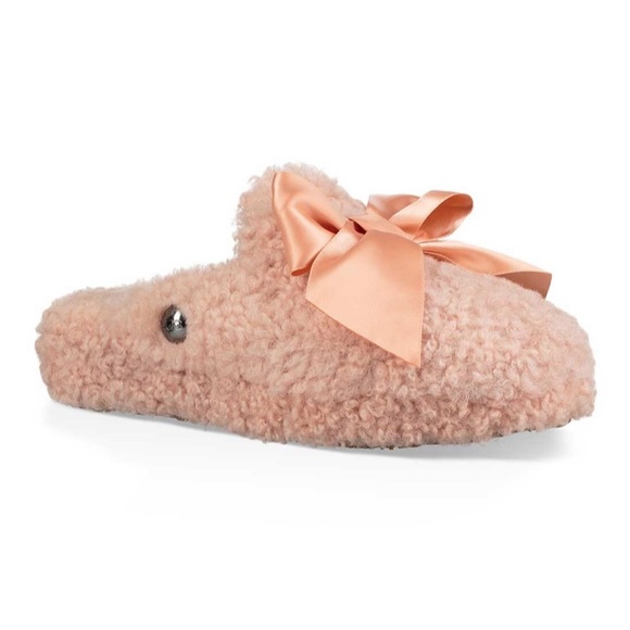 479865e55f2 NWT UGG Addison slipper in Suntan NWT